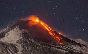 Szunnyadó pokol: újból kitört Európa legnagyobb vulkánja – megrázó fotók