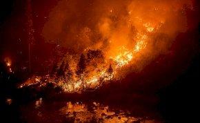 Mintha a pokolban lennél – fotókon a pusztító Caldor-tűz