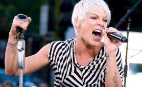 42 éves lett Pink – Íme 3+1 érdekesség, amit nem tudtál a vadóc énekesnőről!