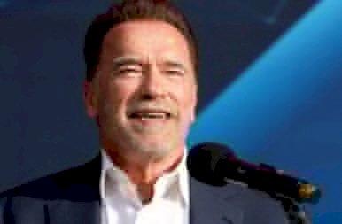 Arnold Schwarzenegger legidősebb fia le se tagadhatná édesapját – Képeken a kísérteties hasonlóság!
