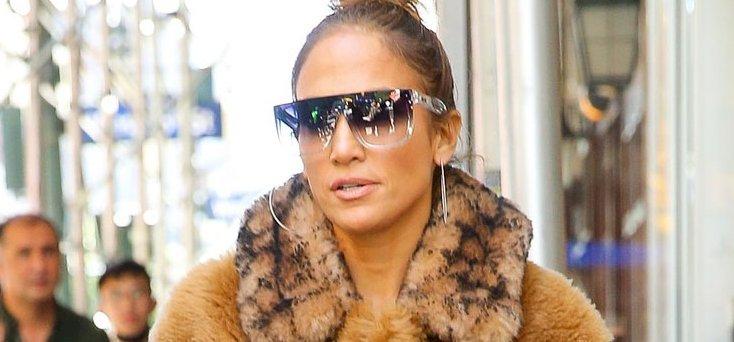Jennifer Lopez még Csubakkaként is őrülten szexi – képek