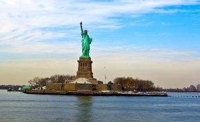 Különleges, ritkán látható képeken a Szabadság-szobor, amit ma 135 éve lepleztek le