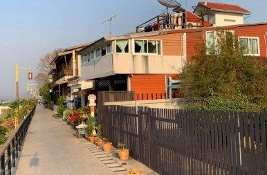 Az olasz város, a hobbit falu és az eper terasz Thaiföldön