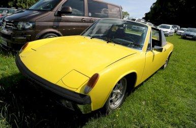 Ez volt a Forma-1 első biztonsági autója