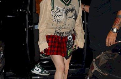 Billie Eilish szexi rocker lánynak öltözött – galéria